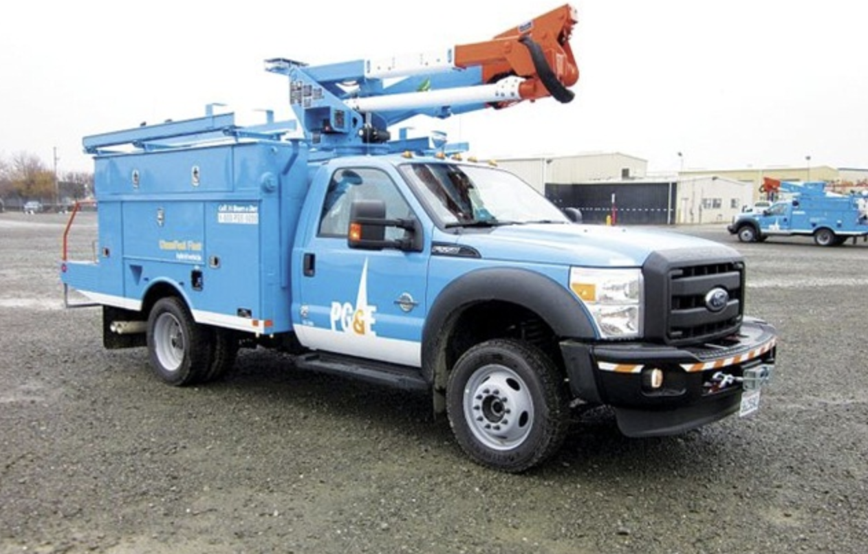 PG&E electric bucket truck