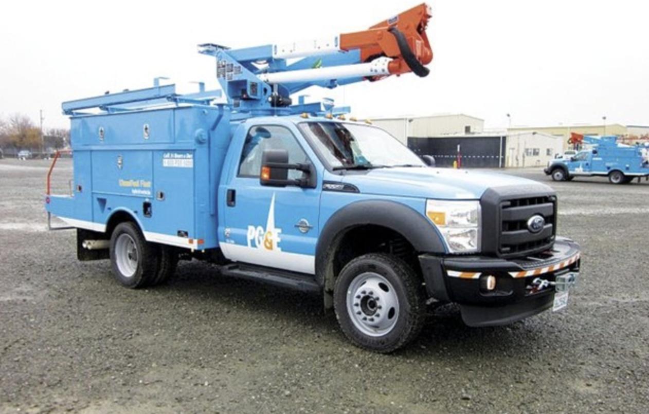 PG&E electric bucket truck