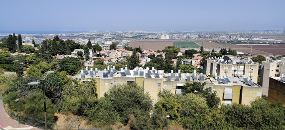 https://ensia.com/features/solar-water-heaters-israel-renewable-energy-thermal-photovoltaic/