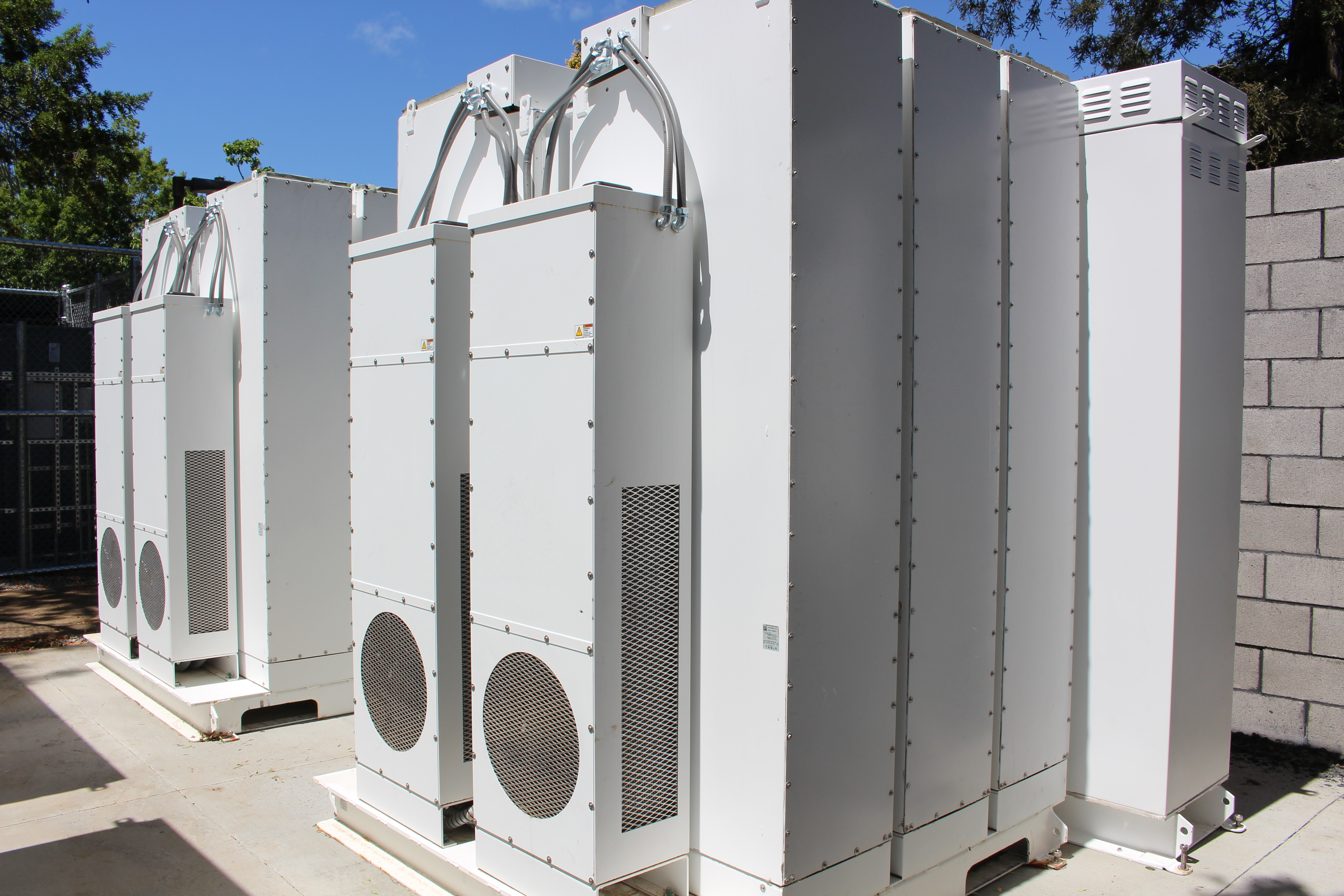 MCE commercial battery storage project