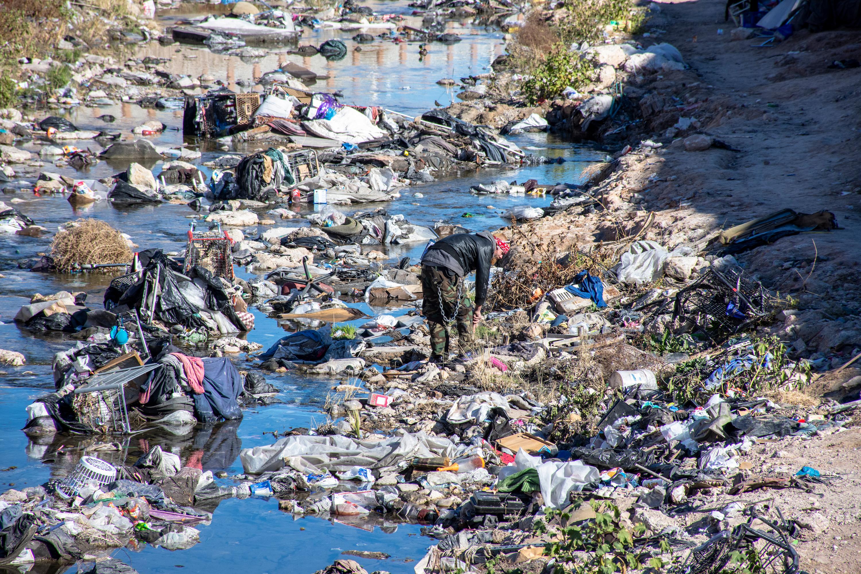 Plastic trash near the Las Vegas Strip
