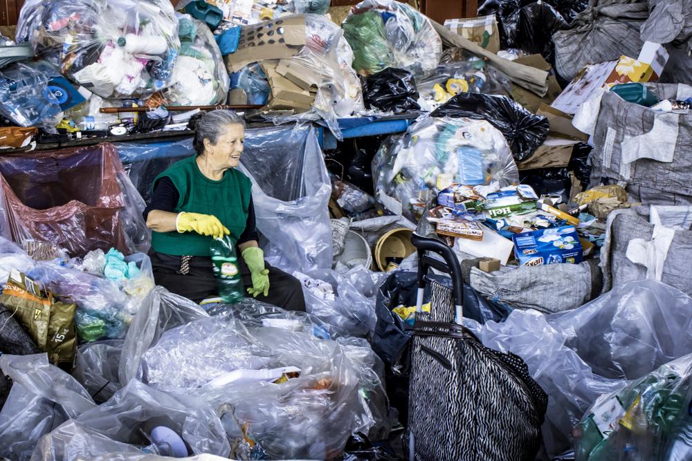 Waste picker in the Glicerio neighborhood of Sao Paulo
