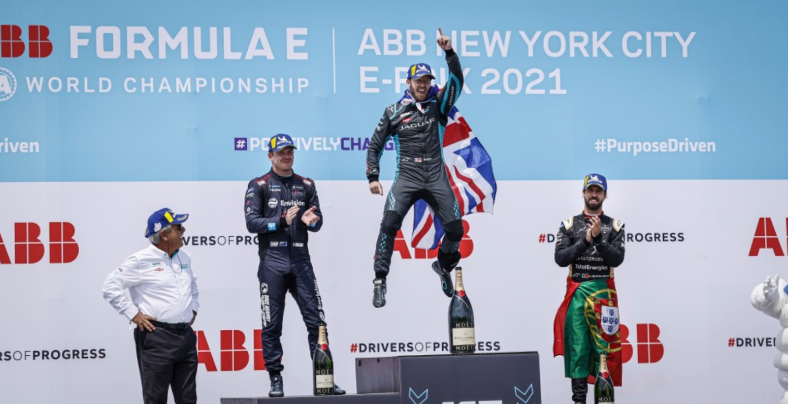 Sam Bird, driving for Jaguar, takes first place on Sunday (from Fia.com)