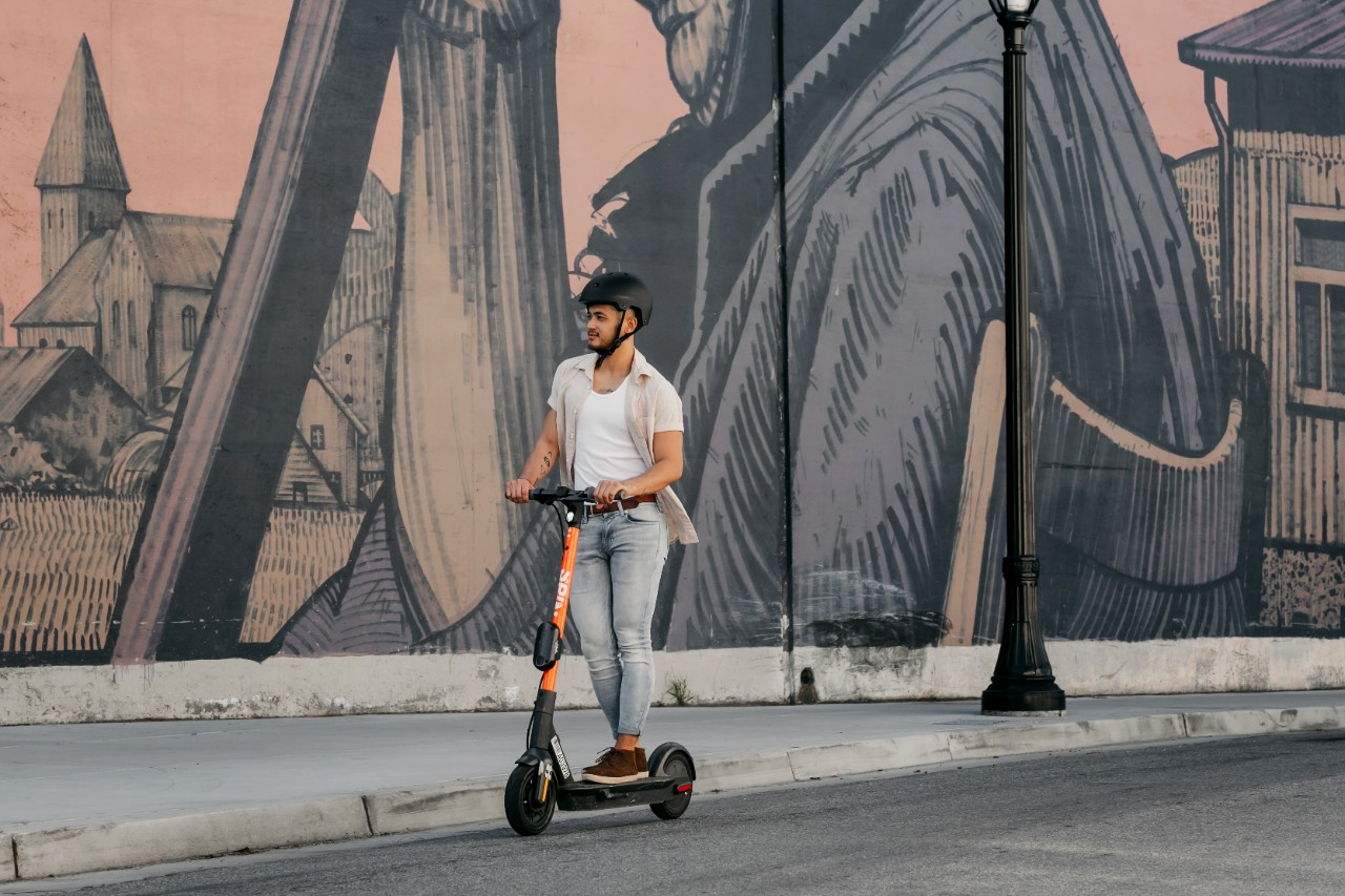 Ford-owned Spin expands dockless e-scooters internationally
