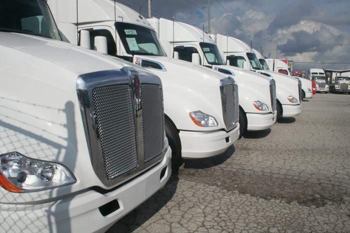 Truck hoods