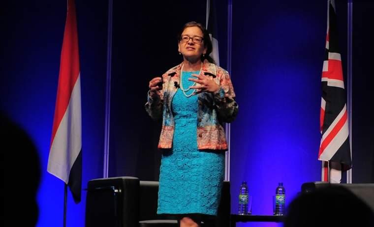 Jennifer Holmgren, LanzaTech