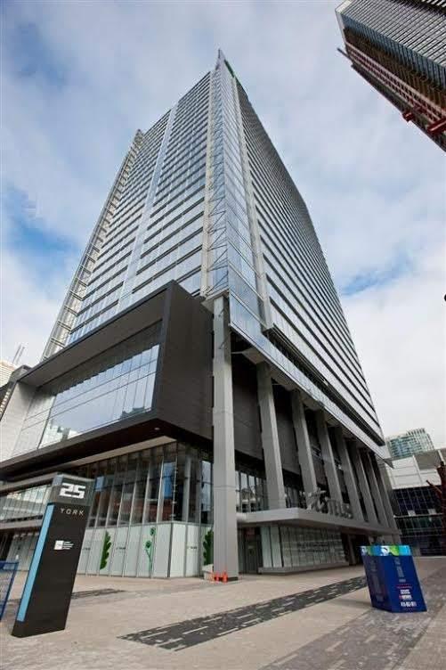 Telus Tower Honeywell LEED Dynamic Plaque