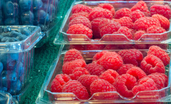 What does the plastic packaging do to these luscious berries?