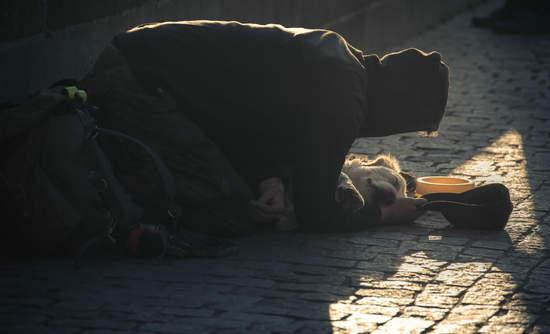 A person begging in the Czech Republic