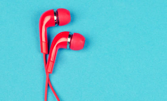 Red ear buds