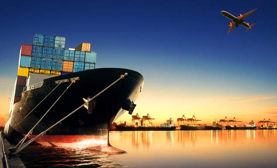 container ship, port, maritime emissions