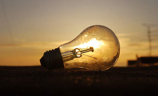 lightbulb solar energy Sunedison bankruptcy