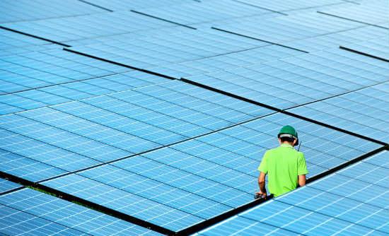 u s solar industry employs more than coal gas combined greenbiz. Black Bedroom Furniture Sets. Home Design Ideas