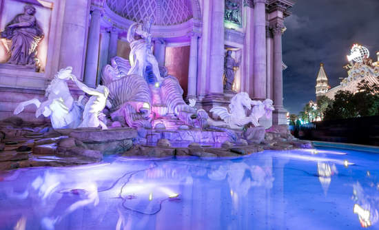 Trevi Fountain replica at Caesars Palace Hotel and Casino at night