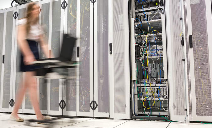 Six principles to drive cleaner data centers featured image