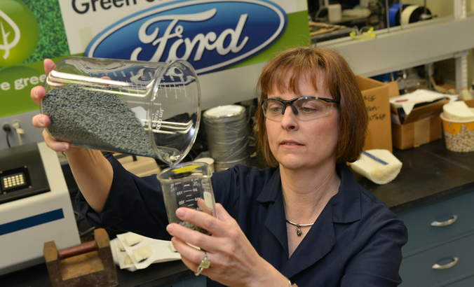 How She Leads: Debbie Mielewski, Ford Motor featured image