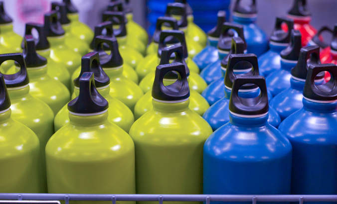 How marketing can boost reusable bottle use featured image