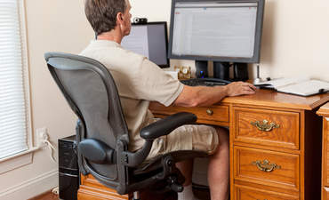 The telecommuting balancing act  featured image