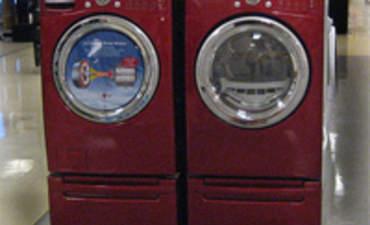 Indesit Taps Waste Materials to Make Greener Washing Machines featured image