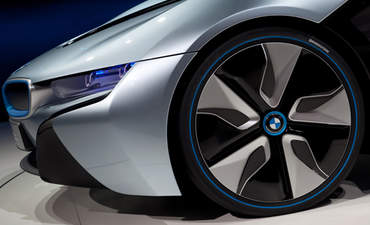 With BMW's i3, the carmaker shifts the EV market with composites featured image