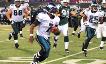North America's Pro Sports Leagues Make Big Plays to Go Green featured image