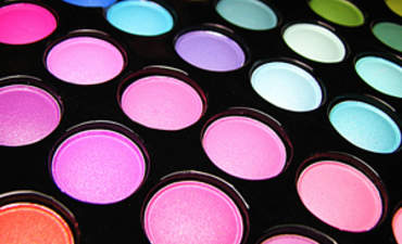 5 Reasons Why the Safe Cosmetics Act Makes Sense for Small Business featured image