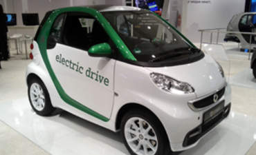NY Auto Show: Cleaner, high MPG cars have staying power featured image