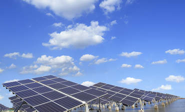 How crowdfunding lowers the cost of solar energy featured image