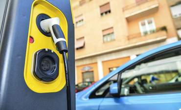 How charging infrastructure plays a critical role in the success of EVs featured image
