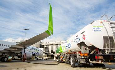 Here's what it will take to get aviation biofuels off the ground featured image
