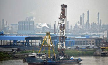 China navigates a cleaner maritime industry featured image