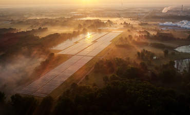 Under one roof: How companies can simplify renewable energy development  featured image