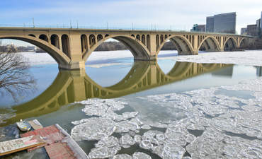 How green bonds can bridge infrastructure financing gaps featured image
