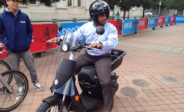 Mahindra and Oakland make a bet on urban mobility with the GenZe  featured image