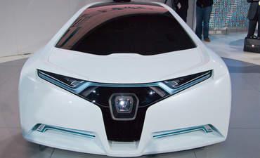 Honda hydrogen fuel cell car