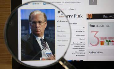 Why Larry Fink isn't waiting on Washington featured image