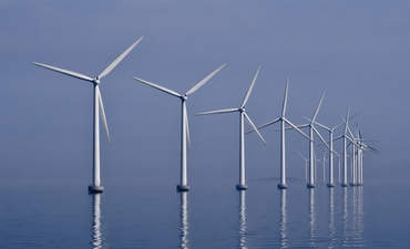 R.I. regulators greenlight first U.S. offshore wind farm featured image