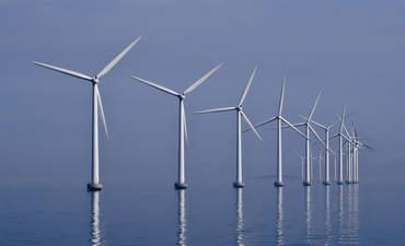 R.I. regulators greenlight first U.S. offshore wind farm featured image