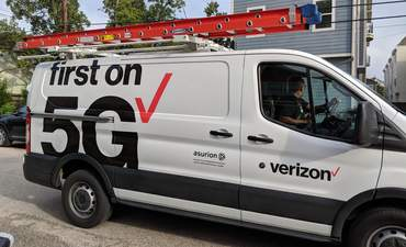 Investors scrambled to get in on Verizon's $1B green bond deal featured image