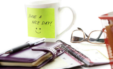 Have a nice day written on a post-it note