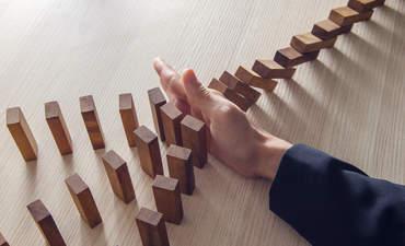risk, dominoes