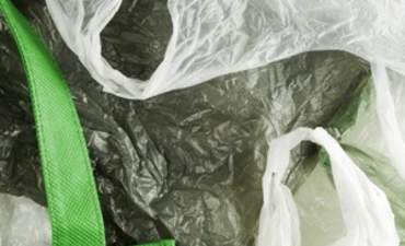 Impact of plastic shopping bag bans has a ripple effect featured image