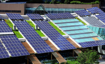 Rooftop solar will help small businesses weather the next recession featured image