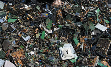 Dell cuts e-waste with recycled carbon fiber featured image