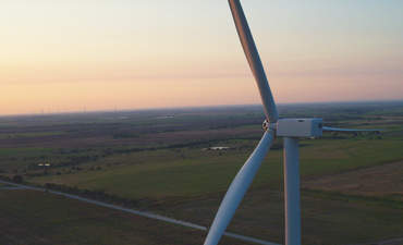 Anheuser-Busch, Kimberly-Clark amp up wind power commitments featured image