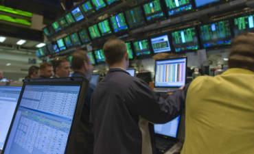 Wall Street traders, New York City
