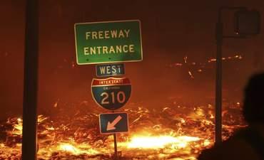 wildfire in Sylmar CA