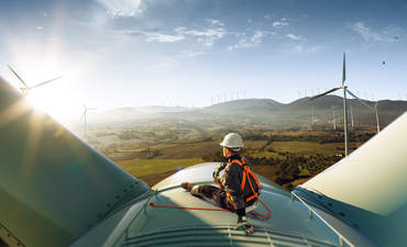 wind turbine worker