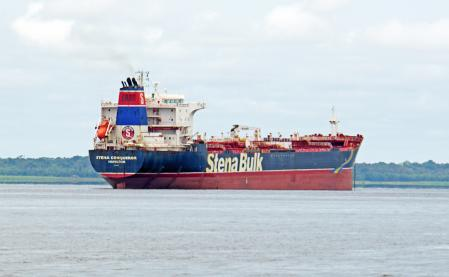 Stena Conqueror is a Oil/Chemical Tanker