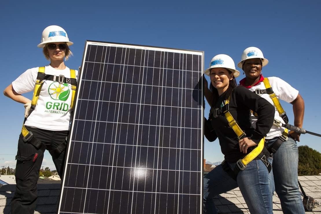 GRID Alternatives Bay Area Solar Installation Event